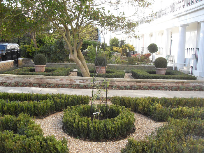 Garden design portfolio the box knot garden new leaf for Garden design portfolio
