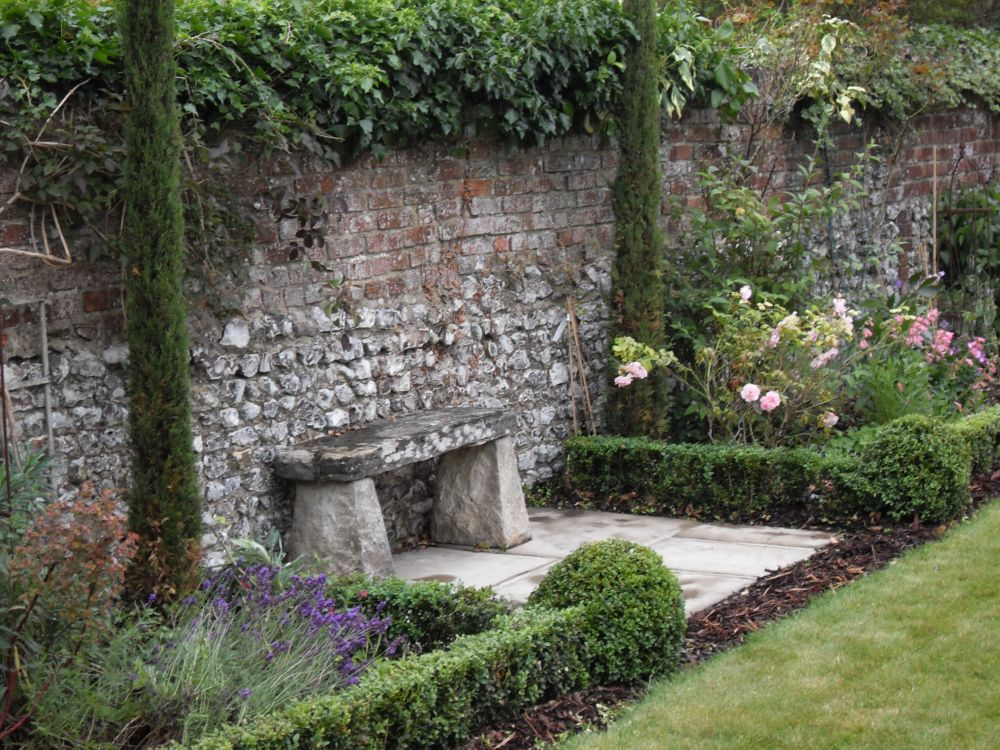 Garden design portfolio materials and features garden for Garden design hampshire